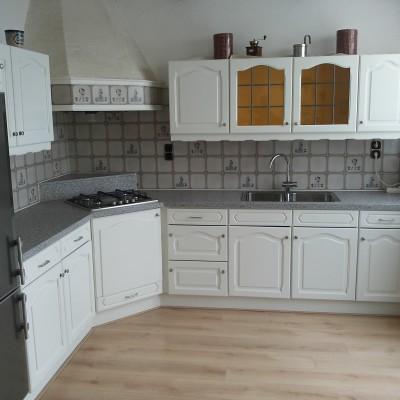 keuken 3 na het spuiten